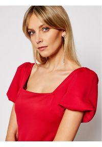 Czerwona sukienka koktajlowa Guess wizytowa
