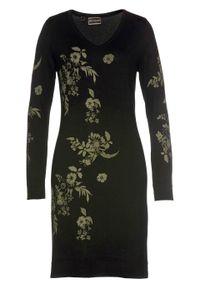 Czarna sukienka bonprix w kwiaty, dopasowana