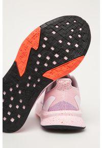 Różowe buty sportowe adidas Performance na obcasie, na średnim obcasie