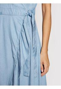 Guess Sukienka codzienna W1GK71 D4D22 Niebieski Regular Fit. Okazja: na co dzień. Kolor: niebieski. Typ sukienki: proste. Styl: casual