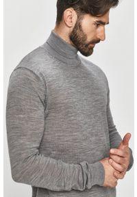 Tailored & Originals - Sweter. Okazja: na co dzień. Typ kołnierza: golf. Kolor: szary. Materiał: dzianina. Długość rękawa: długi rękaw. Długość: długie. Styl: casual
