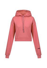 Reebok X Victoria Beckham - Bluza damska REEBOK X VICTORIA BECKHAM CROPPED HOODY. Kolor: różowy. Materiał: bawełna. Długość: krótkie