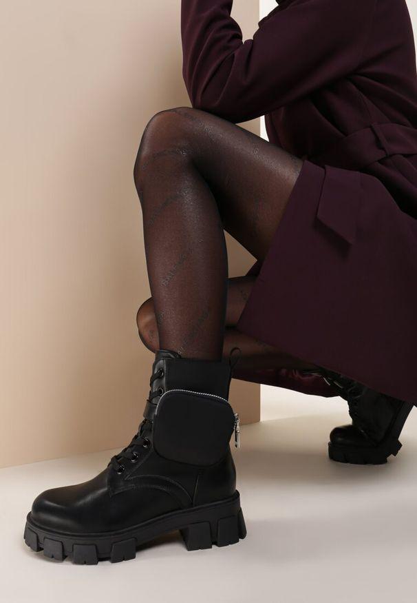 Czarne płaskie botki Renee