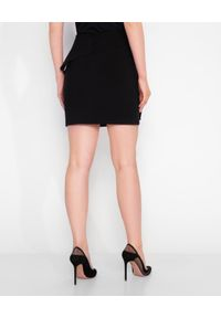 MARLU - Czarna spódnica z falbaną Aires. Okazja: do pracy, na spotkanie biznesowe. Kolor: czarny. Materiał: wełna. Wzór: aplikacja. Styl: biznesowy, wizytowy