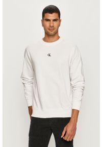 Biała bluza nierozpinana Calvin Klein Jeans z okrągłym kołnierzem, z nadrukiem
