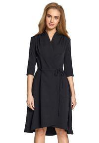 Style - Dopasowana kopertowa sukienka z asymetrycznym dołem. Okazja: do pracy. Materiał: elastan. Typ sukienki: kopertowe, asymetryczne