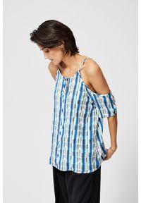 MOODO - Koszulowa bluzka typu top. Typ kołnierza: bez kołnierzyka. Materiał: bawełna. Długość rękawa: krótki rękaw. Długość: krótkie. Wzór: geometria