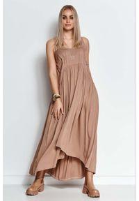 Makadamia - Długa Asymetryczna Sukienka na Ramiączkach - Cappuccino. Materiał: elastan, bawełna. Długość rękawa: na ramiączkach. Typ sukienki: asymetryczne. Długość: maxi