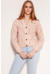 Różowy kardigan Lanti w ażurowe wzory