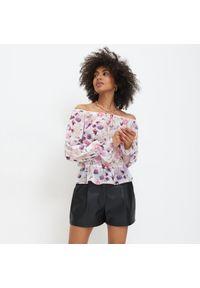 Mohito - Szyfonowa bluzka w kwiaty - Wielobarwny. Materiał: szyfon. Wzór: kwiaty