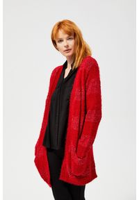 Czerwony sweter MOODO z dekoltem w serek, długi, z długim rękawem