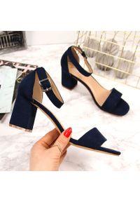 Niebieskie sandały Vinceza