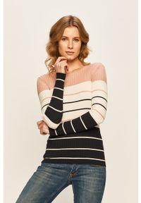 Różowy sweter only