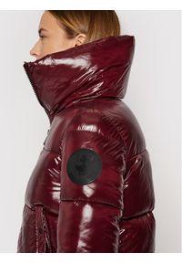 Save The Duck Kurtka puchowa D39370W LUCK13 Bordowy Regular Fit. Kolor: czerwony. Materiał: puch