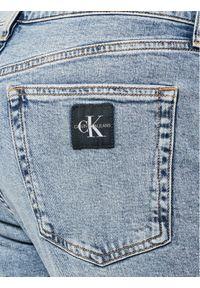 Calvin Klein Jeans Jeansy Tapered J30J318247 Niebieski Slim Fit. Kolor: niebieski
