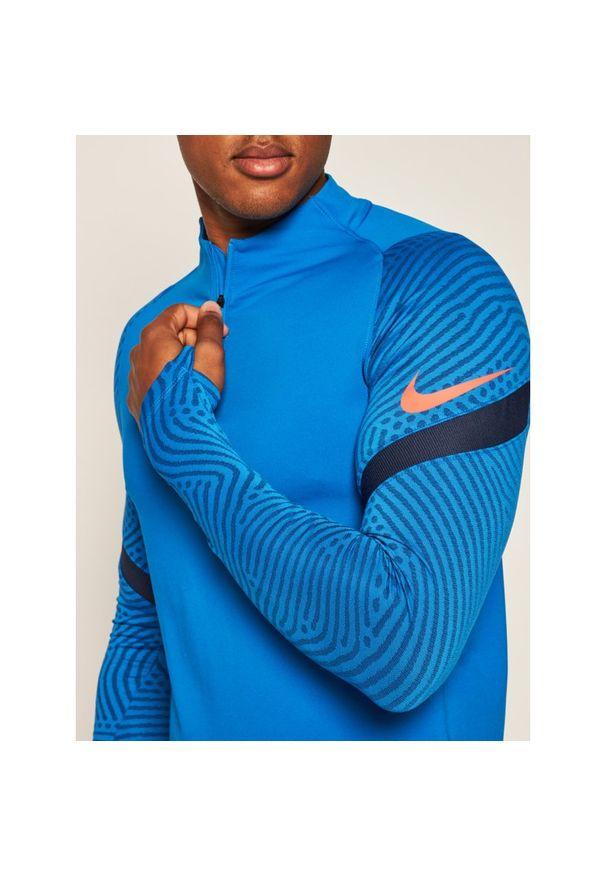 Niebieska koszulka sportowa Nike Dri-Fit (Nike)