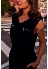Style - Elegancka sukienka z paskiem. Materiał: materiał. Sezon: lato. Typ sukienki: proste. Styl: elegancki