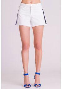 Białe szorty Versace Collection krótkie, z aplikacjami, na lato, z podwyższonym stanem