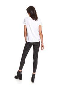 DRYWASH - T-shirt krótki rękaw damski z printem. Kolor: biały. Materiał: tkanina, bawełna. Długość rękawa: krótki rękaw. Długość: krótkie. Wzór: nadruk. Sezon: lato