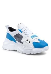 Versace Jeans Couture - Sneakersy VERSACE JEANS COUTURE - E0YWASC4 71604 ME2. Kolor: biały. Materiał: skóra ekologiczna, materiał. Szerokość cholewki: normalna. Wzór: aplikacja