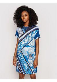 Desigual Sukienka codzienna Solimar 21SWVK29 Niebieski Regular Fit. Okazja: na co dzień. Kolor: niebieski. Typ sukienki: proste. Styl: casual