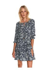 TOP SECRET - Krótka sukienka z falbaną, w drobny wzór. Kolor: zielony. Materiał: dzianina. Sezon: jesień. Długość: mini