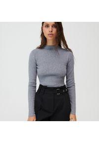 Szary sweter Mohito ze stójką