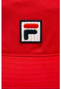 Czerwony kapelusz Fila