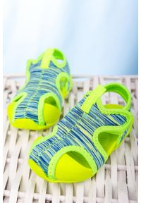 Zielone sandały Casu na rzepy