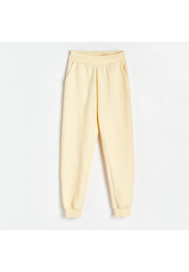 Reserved - Spodnie z dresowej dzianiny - Żółty. Kolor: żółty. Materiał: dresówka, dzianina