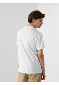outhorn - T-shirt z nadrukiem męski. Okazja: na co dzień. Materiał: bawełna, dzianina, materiał. Wzór: nadruk. Styl: casual