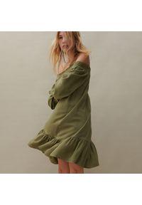 Reserved - Sukienka z dodatkiem lnu - Zielony. Kolor: zielony. Materiał: len