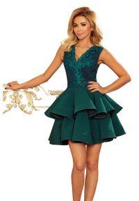 Zielona sukienka wieczorowa Numoco na imprezę, w koronkowe wzory