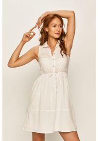 Biała sukienka ANSWEAR wakacyjna, bez rękawów, na co dzień, prosta