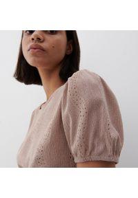 Reserved - Ażurowa bluzka - Beżowy. Kolor: beżowy. Wzór: ażurowy