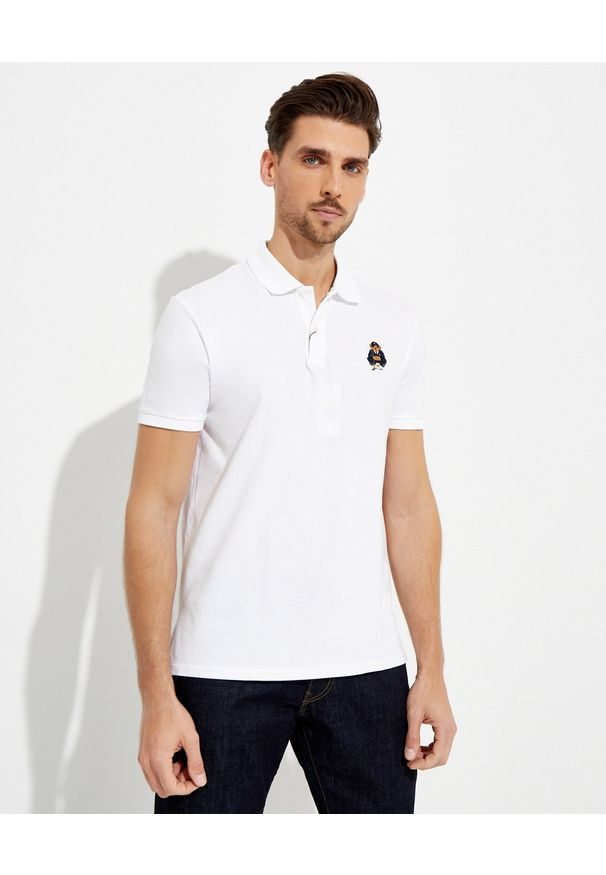 Ralph Lauren - RALPH LAUREN - Biała koszulka Custom Slim Fit. Typ kołnierza: polo. Kolor: biały. Materiał: bawełna, prążkowany. Wzór: haft