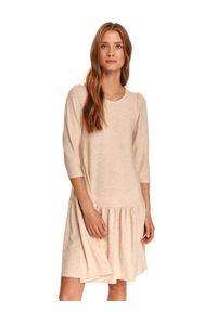 TOP SECRET - Sukienka damska gładka. Okazja: do pracy. Kolor: beżowy. Materiał: tkanina. Wzór: gładki. Typ sukienki: proste