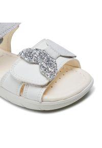 Geox - Sandały GEOX - B S. Alul G B151YD 0MABC C0007 S White/Silver. Zapięcie: pasek. Kolor: biały. Materiał: skóra, zamsz. Wzór: aplikacja, paski. Sezon: lato. Styl: wakacyjny, młodzieżowy