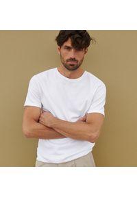 Reserved - Bawełniana koszulka basic - Biały. Kolor: biały. Materiał: bawełna