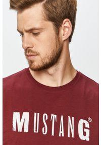 Brązowy t-shirt Mustang casualowy, na co dzień, z nadrukiem