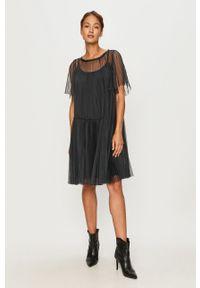 Niebieska sukienka MAX&Co. mini, na co dzień, casualowa, z krótkim rękawem