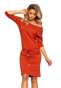 Numoco - Miedziana Sukienka Ściągana. Kolor: brązowy. Materiał: wiskoza, elastan