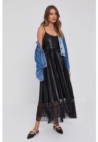 TwinSet - Twinset - Sukienka. Kolor: czarny. Materiał: koronka. Długość rękawa: na ramiączkach. Typ sukienki: rozkloszowane, plisowane