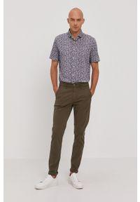 Baldessarini - Koszula. Typ kołnierza: kołnierzyk włoski. Kolor: niebieski. Materiał: tkanina, włókno, bawełna, materiał. Długość rękawa: krótki rękaw. Długość: krótkie