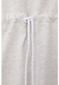 New Balance - Sukienka. Okazja: na co dzień. Kolor: szary. Długość rękawa: krótki rękaw. Typ sukienki: proste. Styl: casual