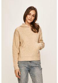 Pepe Jeans - Sweter. Typ kołnierza: kaptur. Kolor: beżowy. Materiał: dzianina