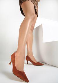 Brązowe czółenka Renee
