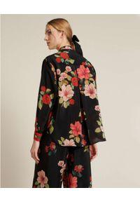 Luisa Spagnoli - LUISA SPAGNOLI - Czarna koszula z kwiatowym motywem Badius. Kolor: czarny. Materiał: jedwab. Wzór: kwiaty. Sezon: lato