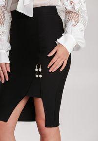 Renee - Czarna Spódnica Eylnore. Kolor: czarny. Materiał: dzianina. Wzór: aplikacja