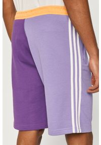 Fioletowe szorty adidas Originals casualowe, na co dzień, z nadrukiem